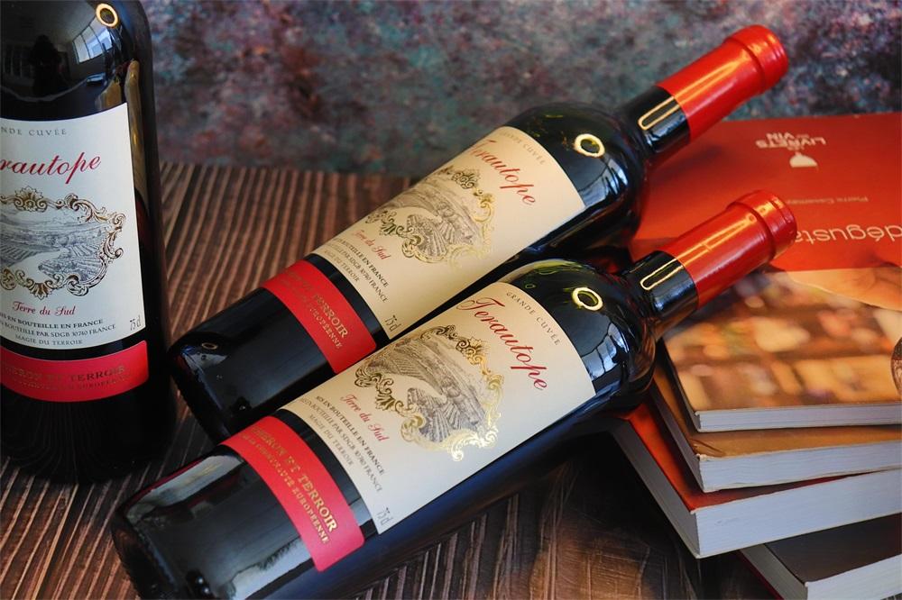 加盟什么样的品牌发展法国葡萄酒生意