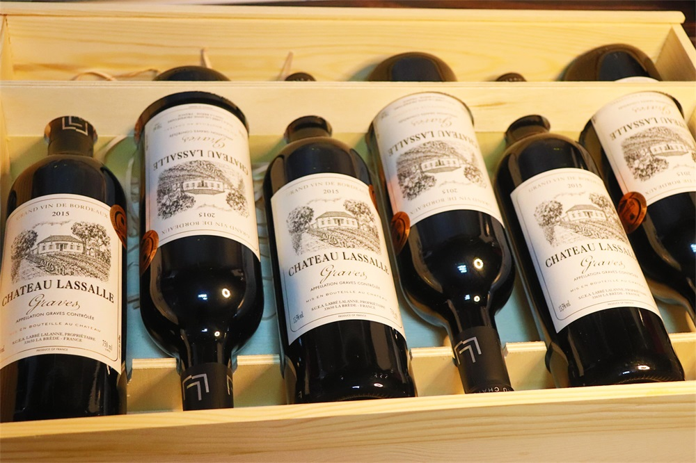 法国葡萄酒专卖店要多少钱