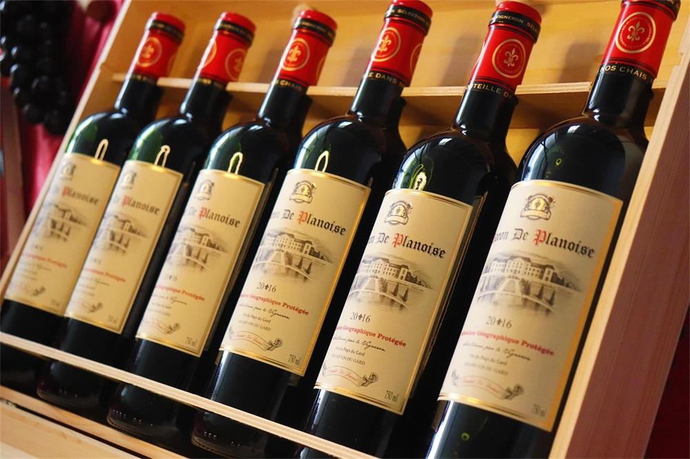 加盟哪样的品牌适合进口红酒生意