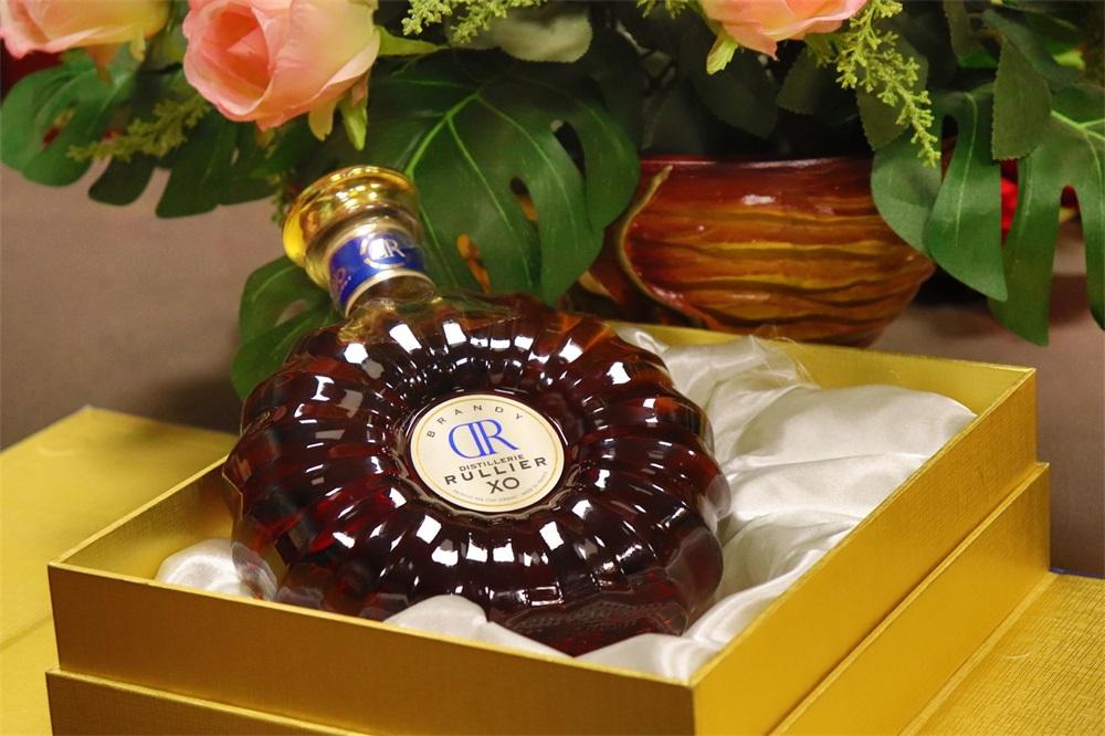 做进口红酒加盟生意选择哪种货源
