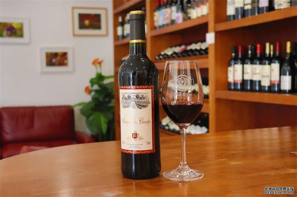 开个葡萄酒加盟店需要多少钱